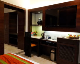samilton-hotel-kolkata-Superior-Room-large-tv