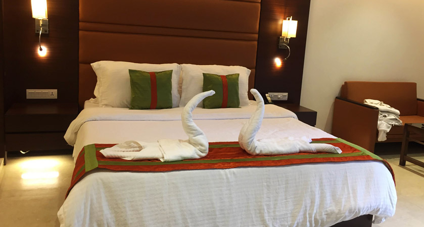 samilton-hotel-in-kolkata-double-bed-room